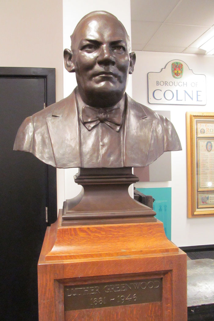 luther greenwood colne library bust 700